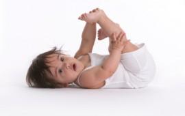infant hip swaddling and hip dysplasia